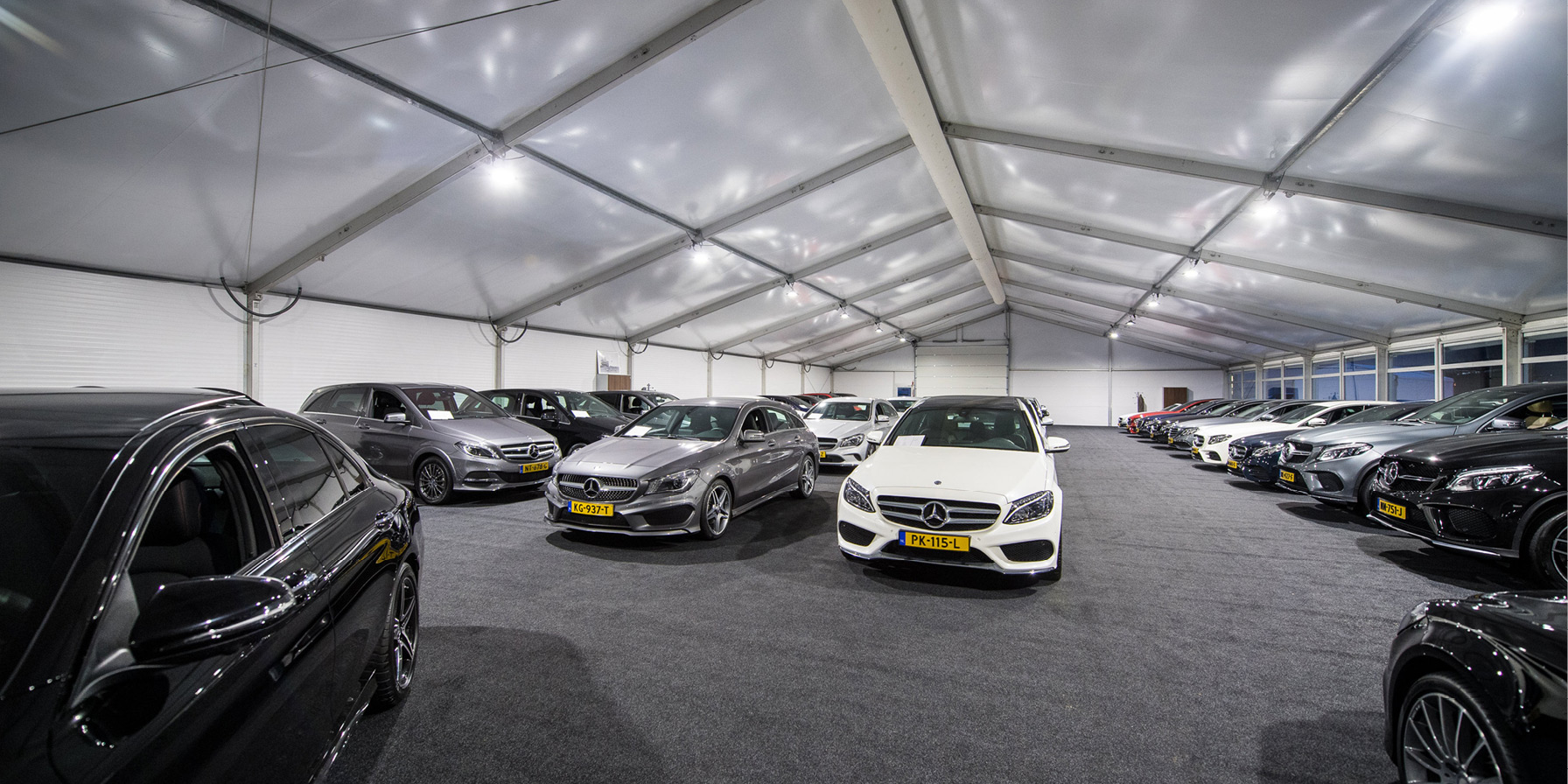 Tent inzetten als showroom Kontent Structures